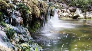 Wasser, Quelle