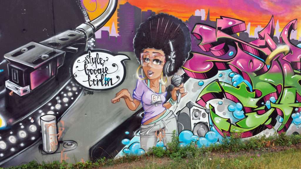 Grafitti-Boogie-Berlin Yoga Wechseljahre © Annette Bauer yoga-xperience.de