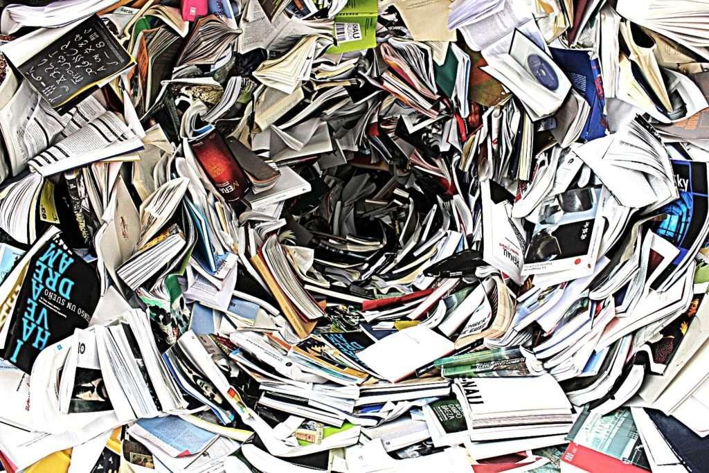 Finanzbücher im April © 1171564 Pixabay Yogannetteblog.de