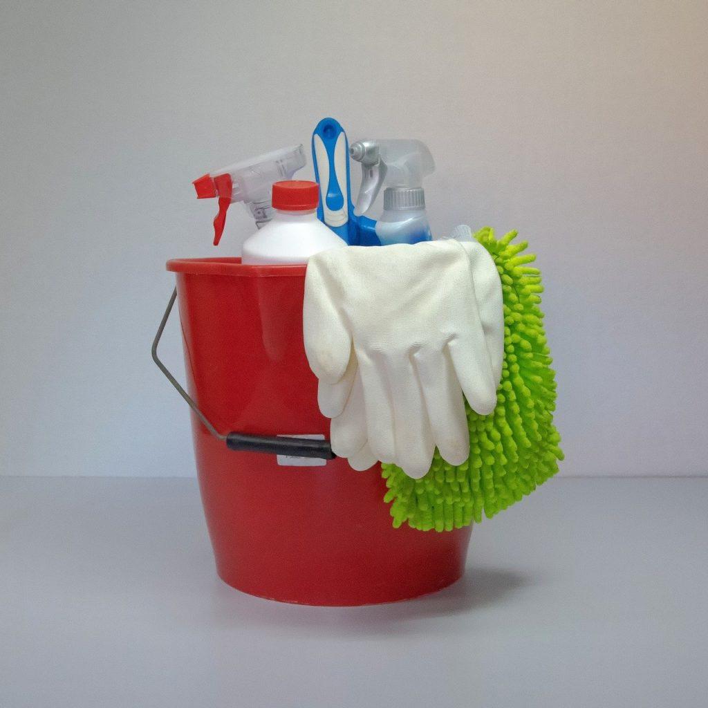 putzen & Yoga clean-3296013:Michi-Nordlicht:Pixabay